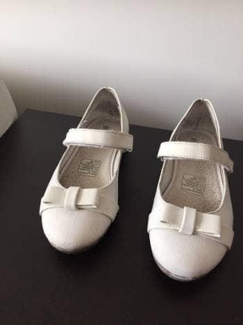 Zapatos para niña blancos