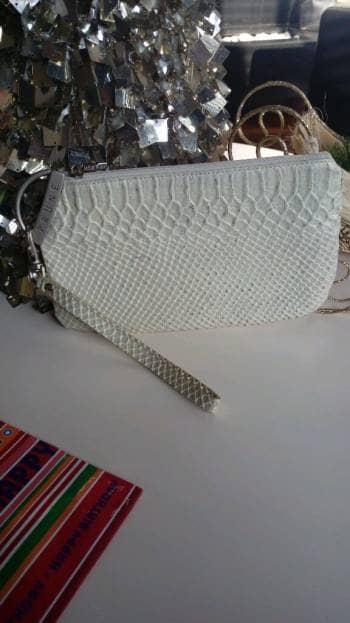 Clutch PRUNE blanco perla