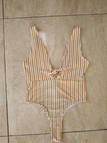 Body (body o vestido de baño)