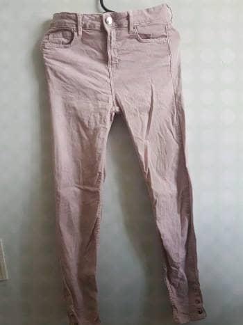Pantalón lila